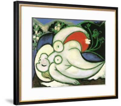 Schlafende Frau-Pablo Picasso-Framed Art Print