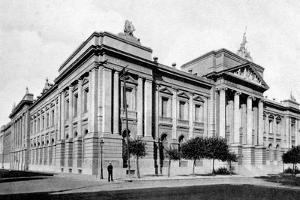 School of Medicine, Buenos Aires, Argentina, C1920S