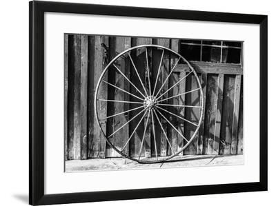 Wagon Wheel Background