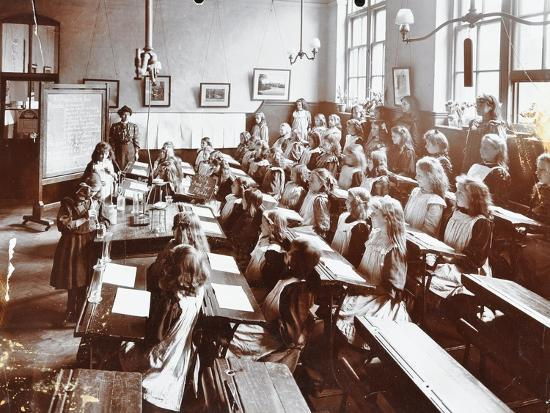 Science class, Albion Street Girls School, Rotherhithe, London, 1908-Unknown-Photographic Print