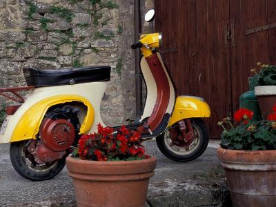 Scooter, Preggio, Umbria, Italy-Inger Hogstrom-Photographic Print