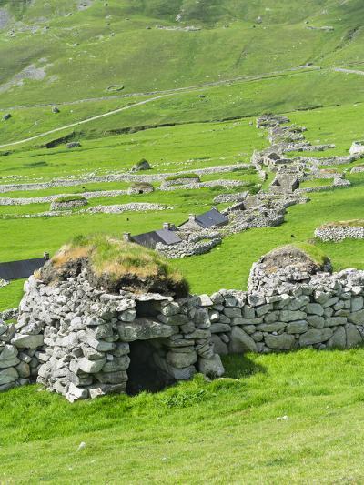 Scotland, St Kilda Archipelago, Hirta Island, Abandoned Settlement-Martin Zwick-Photographic Print