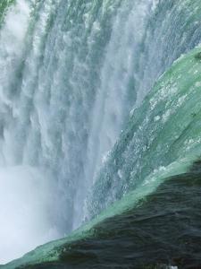 Niagara Falls by Scott Barrow