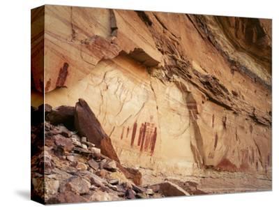 Ancient Pictographs in Horseshoe Canyon, Canyonlands National Park, Utah, USA
