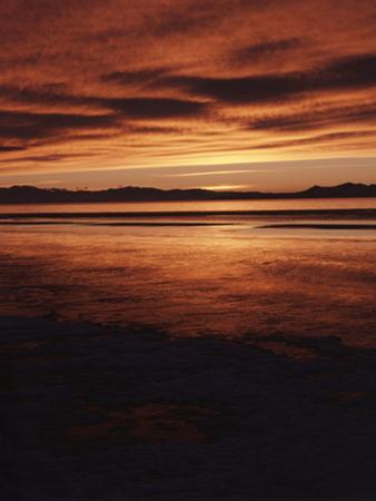 Farmington Bay, Great Salt Lake, Antelope Island, Stansbury Island, Great Basin, Utah, USA by Scott T. Smith