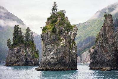 Sea Stacks, Kenai Fjords National Park, Alaska-Steven Schremp-Photographic Print