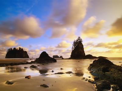 Sea Stacks Off Second Beach-Ron Watts-Photographic Print