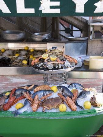 https://imgc.artprintimages.com/img/print/seafood-restaurant-nice-alpes-maritimes-provence-cote-d-azur-french-riviera-france_u-l-p1ga260.jpg?p=0