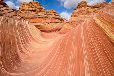 Red Sandstone Wave - Dramatic Sandstone Rock Formation at Arizona-Utah Border
