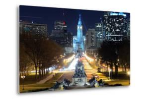 Philadelphia City Hall Building. by SeanPavonePhoto