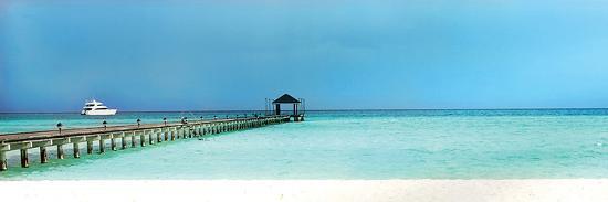 seascape-panoramic-with-bridge