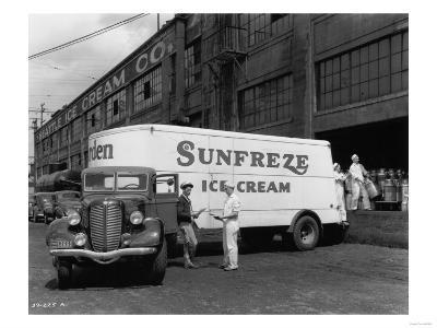 Seattle Ice Cream Co. truck Photograph - Seattle, WA-Lantern Press-Art Print