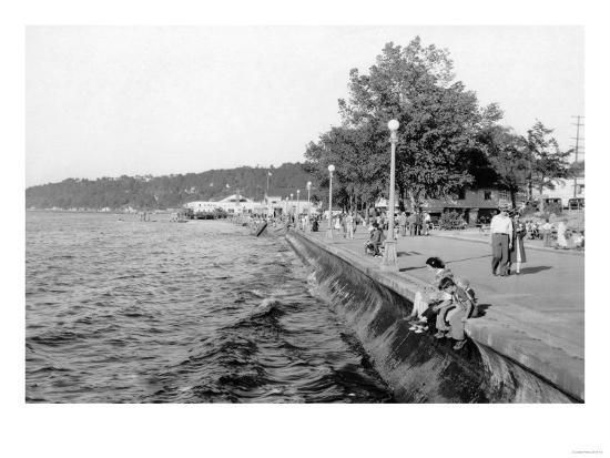 Seattle, WA View of Alki Beach and Boardwalk Photograph - Seattle, WA-Lantern Press-Art Print