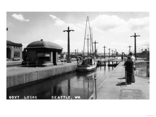 Seattle, Washington - View of Sailboat in US Government Locks-Lantern Press-Art Print