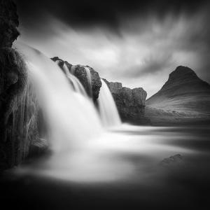 Kirkjufellfoss by Sebastien Del Grosso
