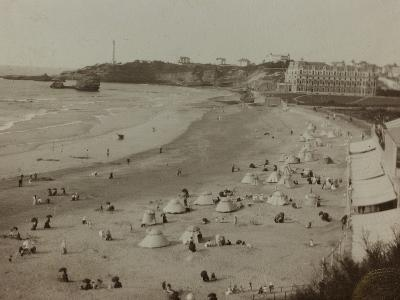 Self Family Trip in Europe: a View of the Biarritz Beach--Photographic Print