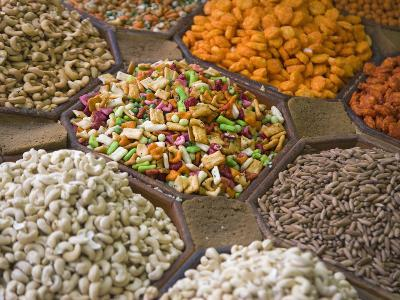 Selling Nuts and Dried Fruit at the Market, Dubai, United Arab Emirates-Keren Su-Photographic Print