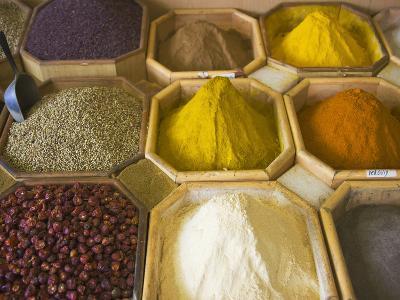 Selling Spices at the Market, Dubai, United Arab Emirates-Keren Su-Photographic Print