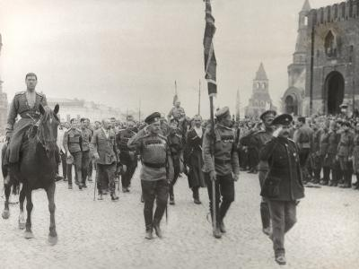 Sending Off Troops to the Front, Moscow, June 1917--Photographic Print