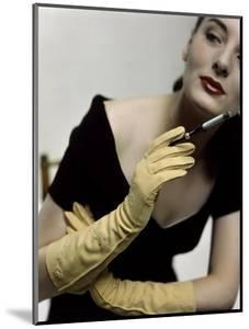 Glamour - November 1946 by Serge Balkin