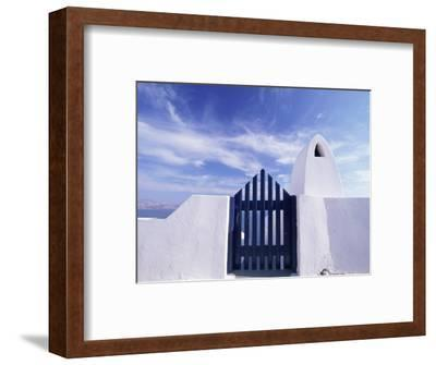 Blue Gate and White Wall, Oia, Santorin, Cyclades, Greece