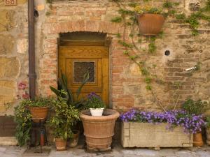 Montefollonico, Val D'Orcia, Siena Province, Tuscany, Italy by Sergio Pitamitz