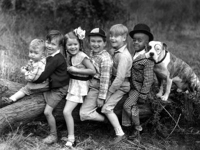 https://imgc.artprintimages.com/img/print/series-the-little-rascals-our-gang-comedies-c-1932_u-l-pwgm040.jpg?p=0
