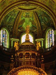 The Apse of St. Paul's Cathedral with Mosaic Ceiling, London, England by Setchfield Neil