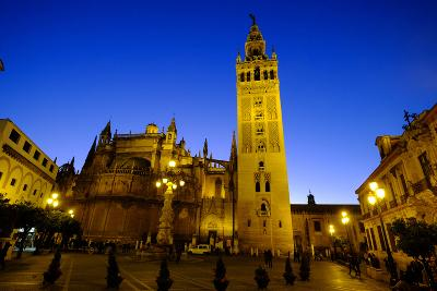 Seville Cathedral and Giralda, Seville, Andalucia, Spain-Carlo Morucchio-Photographic Print