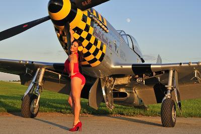 Sexy 1940's Style Pin-Up Girl Posing with a P-51 Mustang--Photographic Print