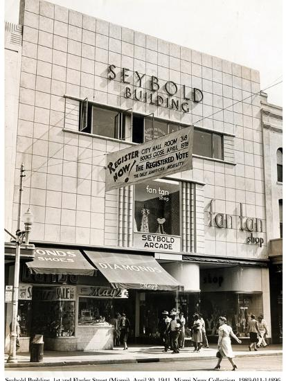 Seybold Building, 1st and Flagler Street, Miami, 20 April 1941--Photographic Print