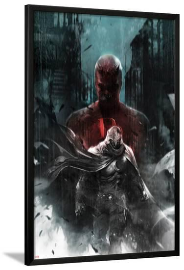 Shadowland: Moon Knight No.1 Cover: Moon Knight and Daredevil Walking-Francesco Mattina-Lamina Framed Poster