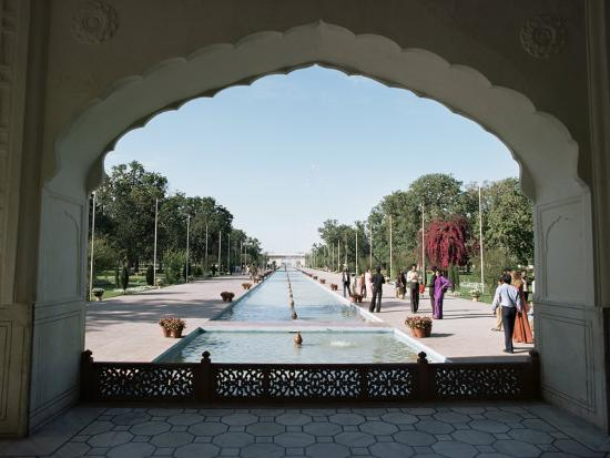 Shalimar Gardens, Unesco World Heritage Site, Lahore, Punjab, Pakistan-Robert Harding-Photographic Print