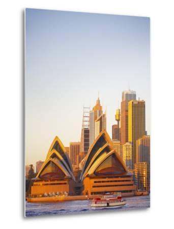 Australia, New South Wales, Sydney, Sydney Opera House, Passenger Ferry Passing Opera House