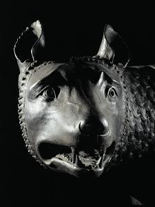 She-Wolf Sucklimg Romulus and Remus