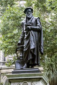 William Tyndale, English Theologian by Sheila Terry
