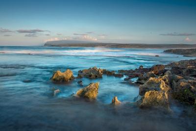 https://imgc.artprintimages.com/img/print/shelf-at-kaehu-point-mo-omomi-beach-nature-conservancy-molokai-hawaii_u-l-pwd5vs0.jpg?p=0
