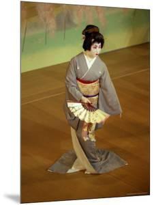 Geiko-mai on Stage, Japan by Shin Terada