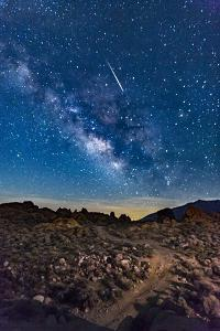 Shooting Star With Milky Way, 2018