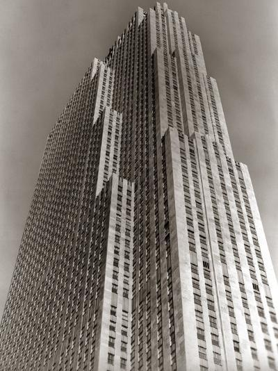 Shot Looking Upward at Rockefeller Center Skyscraper-H^ Armstrong Roberts-Photographic Print