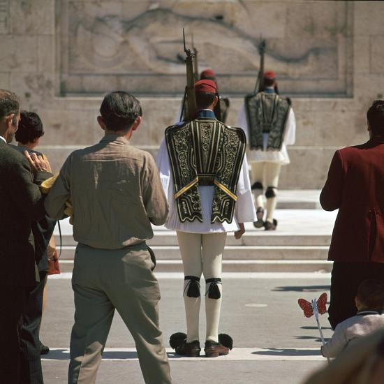 Shot of the Ezvones at the Tomb of the Unknown Soldier. Artist: Unknown-Unknown-Photographic Print