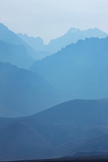 Sierra Nevada Mountains, California--Photographic Print