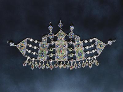 https://imgc.artprintimages.com/img/print/silver-breastplate-with-cloisonne-enamel-and-glass-1900-algeria_u-l-pp30dz0.jpg?p=0