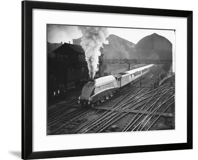 Silver Link Train Leaves King's Cross Station--Framed Photographic Print