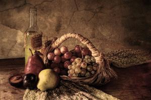 Grapes by Silvia Simonato