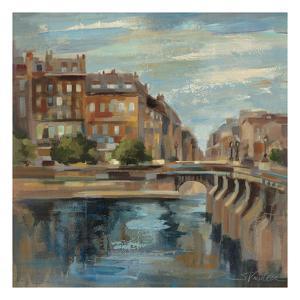 A Moment in Paris II by Silvia Vassileva