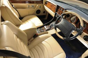 Bentley Continental 2001 by Simon Clay