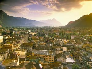 Interlaken, Switzerland by Simon Harris