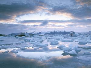 Jokuslarlon Glacial Lagoon, Vatnajokull Ice-Cap, Iceland, Polar Regions by Simon Harris