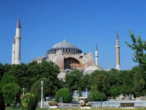 St. Sophia Mosque, Unesco World Heritage Site, Istanbul, Turkey by Simon Harris